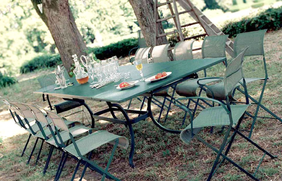 Summer Dining French Inspiration