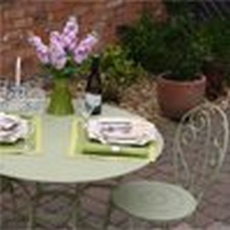 Opera table 96cm and 4 Montmartre Chairs Metal Garden Furniture