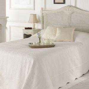 Kingsize Deauville Ivory Quilted Bed Cover