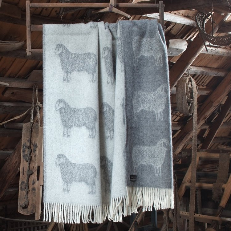 Wool Throw Sheep Design