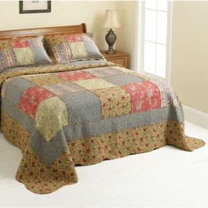Patchwork Retro Print Quilted Bedcover King Size