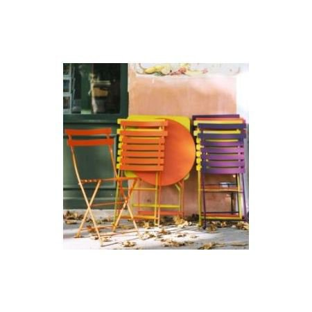 Fermob bistro round table 2 bistro chairs french garden furniture sets French metal garden furniture